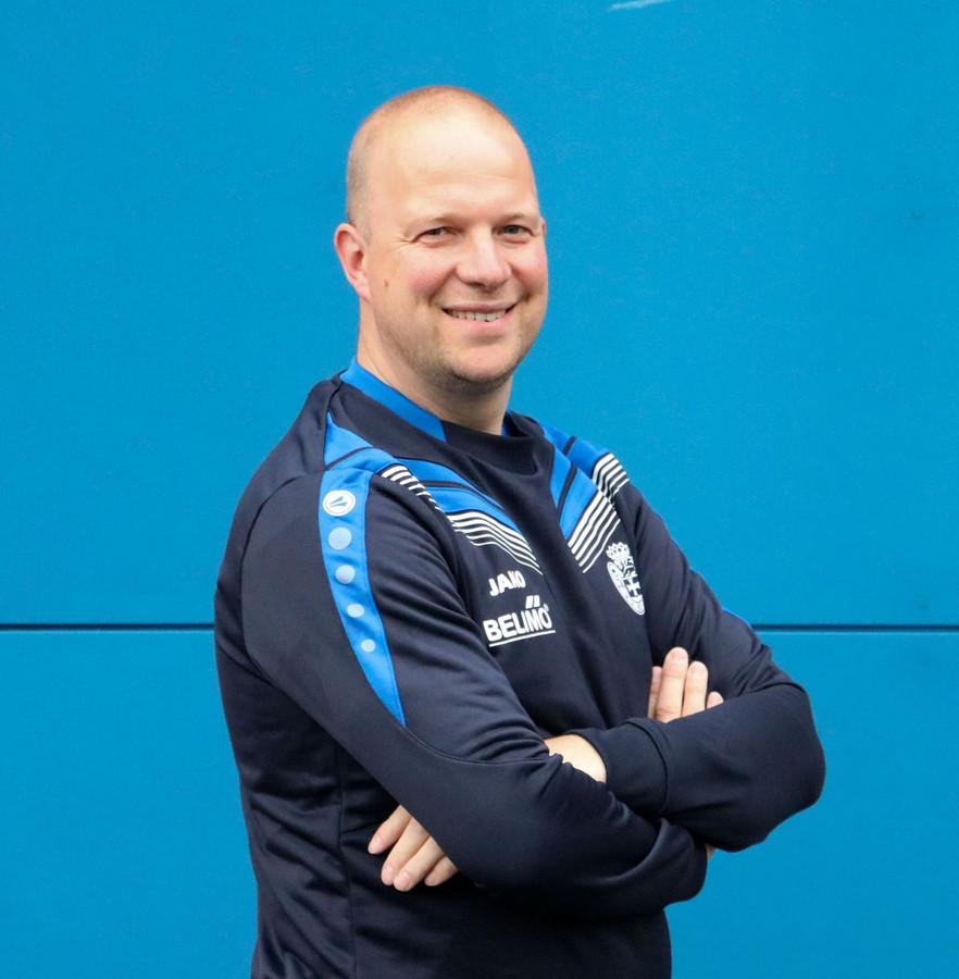 Stefan Jansen, hier in de hoedanigheid als trainer van Be Quick Zutphen, stopt aan het eind van dit seizoen als trainer van Oeken.
