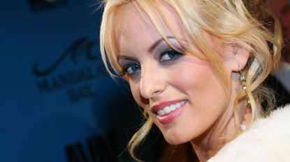 Advocaten Trump willen ruim 750.000 euro van pornoster Stormy Daniels