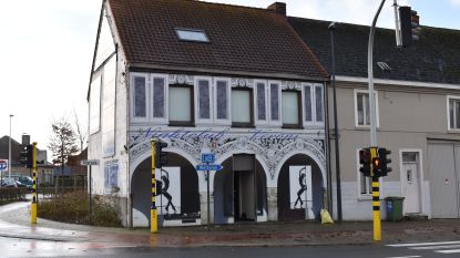 Speurders vallen nachtclub binnen in Oordegem: uitbaatster meegenomen voor verhoor
