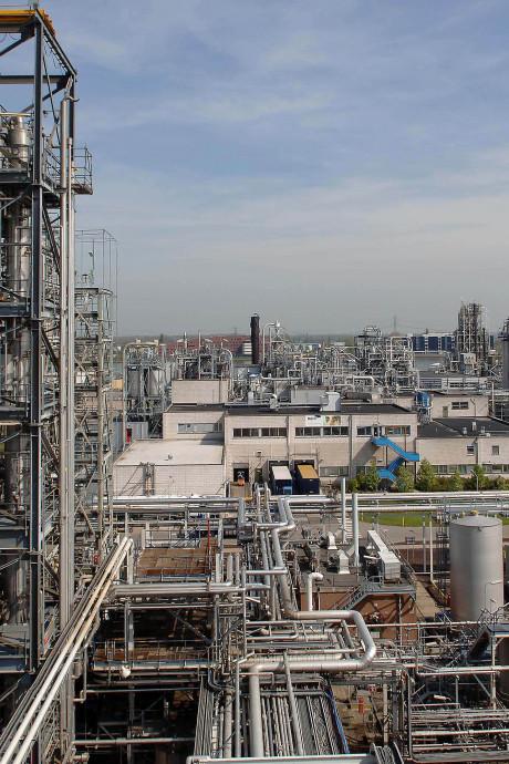 FNV spant rechtszaak aan tegen DuPont namens werkneemsters met vruchtbaarheidsproblemen