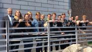 Leerlingen KTA leren gevangenen kennen op voetbalveld