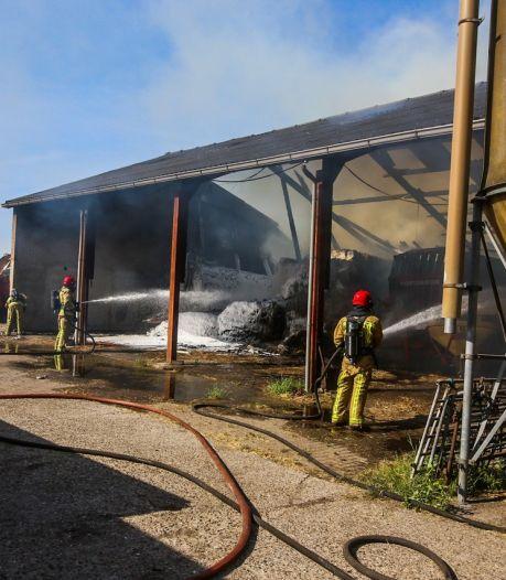 Brand in grote schuur met hooi in Someren
