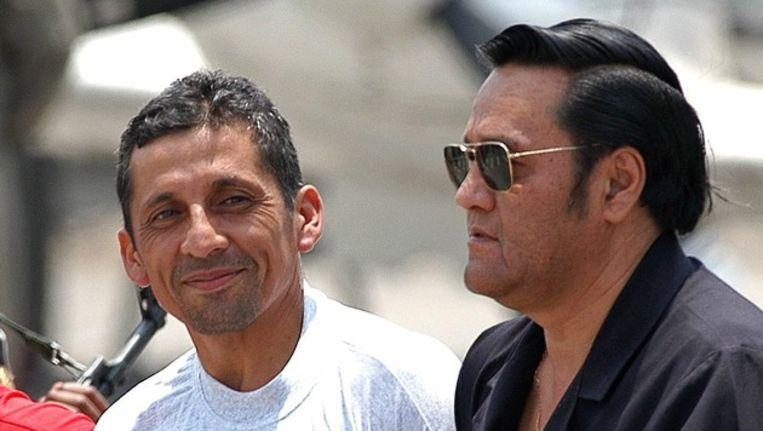 Antauro Humala (links) in 2005 tijdens zijn voorgeleiding. Beeld epa