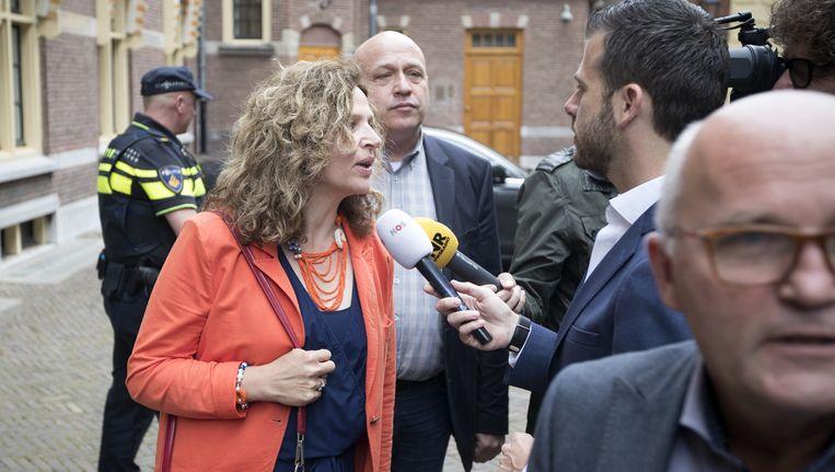 Minister Schippers arriveert op het Binnenhof voorafgaand aan het zomerreces. Beeld anp