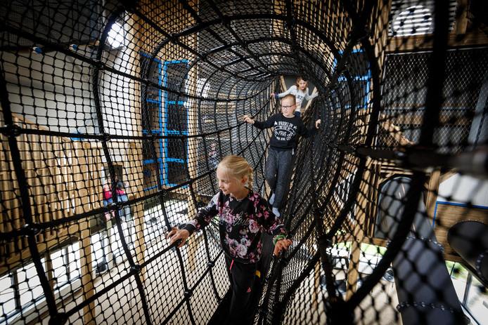 Camping de Kleine Wolf heeft vorig jaar geïnvesteerd in een nieuwe indoor-speeltuin.