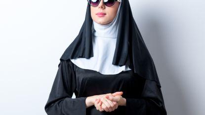 Temptation-verleidsters trekken naar het klooster in nieuwe VIJF-reeks 'Oh My God'