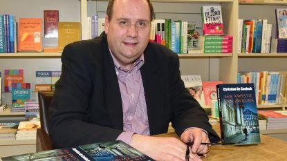 """Politiecommissaris Christian De Coninck brengt nieuw boek uit: """"Gewurgd Brussels meisje uit jaren 20 was inspiratie voor thriller"""""""
