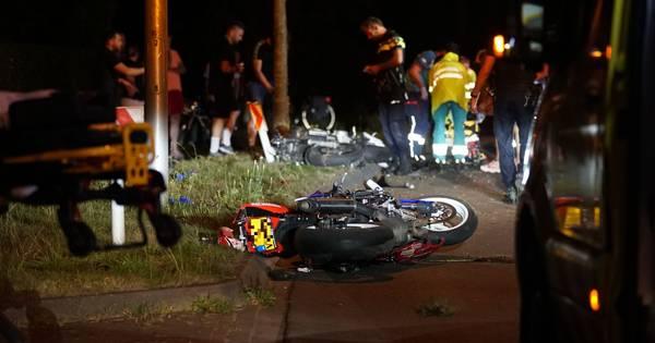 Motorrijders betrokken bij zwaar ongeval N344 bij Twello.