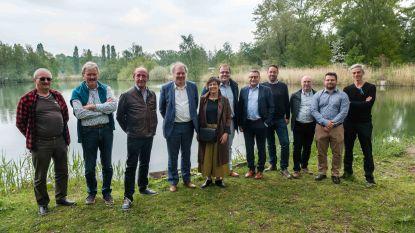 """Vlaamse overheid ondersteunt aankoop visvijvers: """"Belangrijke schakel tussen woongebied en Walenhoek"""""""