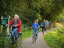 Fietsers vanaf nu beloond in Enschede: waardebon van lokale ondernemers na elke rit