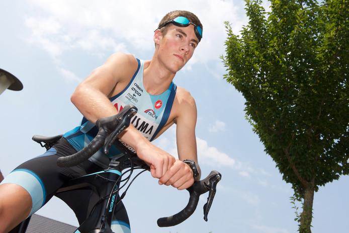 Triatleet Thomas Cremers eindigde als vijfde op het NK.