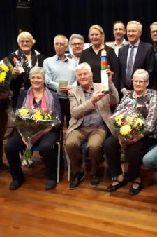 Dorpshuis Oudenhoorn krijgt  vrijwilligerswerkprijs