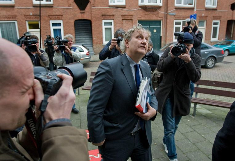 Van der Laan in 2008 tijdens een werkbezoek aan de Haagse Rivierenbuurt als minister van Wonen Beeld ANP