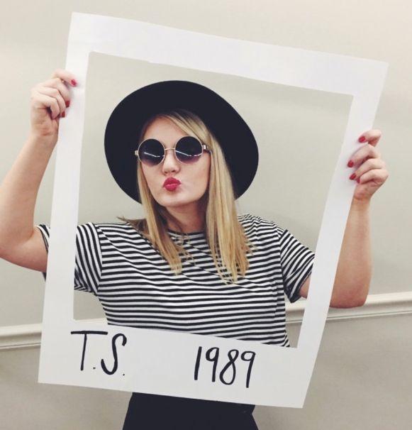 Taylor Swift kostuum, gebaseerd op haar album '1989'.