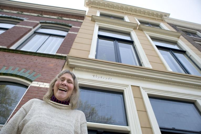 Victoria Kloek voor haar 'Vryheydt'. foto Dirk-Jan Gjeltema
