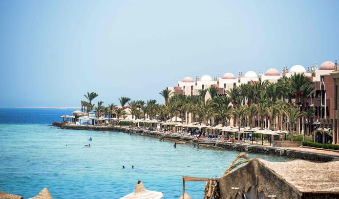 Sunny Days Elpalacio beach in Egypte, waar vorig jaar nog een steekincident plaatsvond.