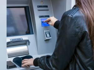 Le coût des services bancaires à nouveau augmenté