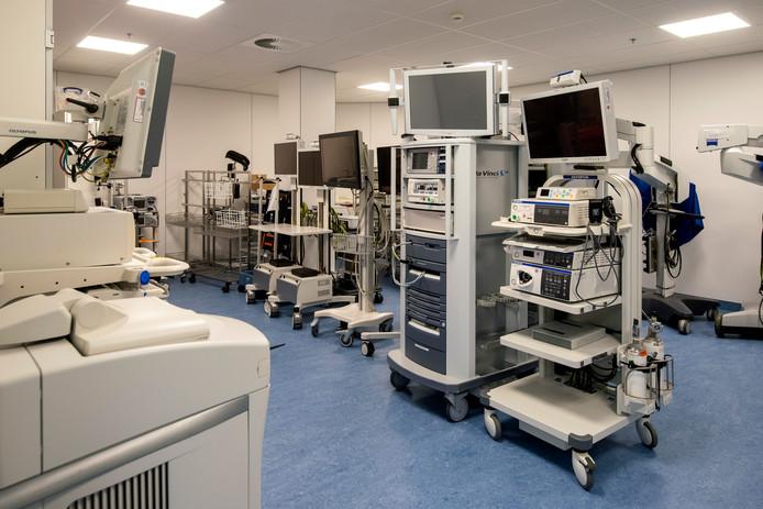 Een van de drie nieuwe opslagkamers voor kostbare apparatuur . Foto: Gerard Burgers