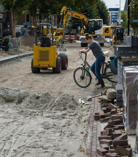 Twee belangrijke kruispunten in Enterse Dorpsstraat weer open voor verkeer