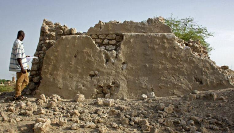 Het deels verwoeste mausoleum Alpha Moya in de Malinese stad Timboektoe. Beeld World Monuments Fund