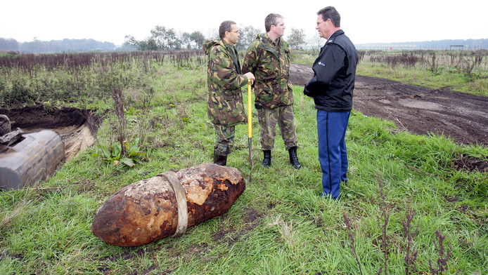 Er worden wel vaker duizendponders gevonden, zoals in 2006 bij de vliegbasis Volkel.