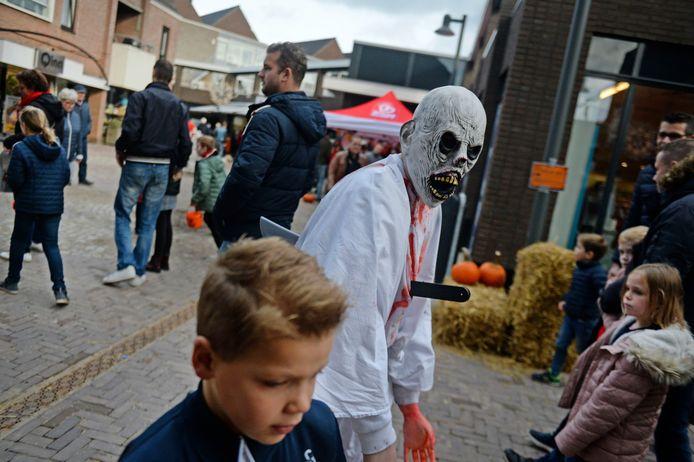Vorig jaar was het gezellig druk in het Bornse centrum tijdens de Halloween Koopzondag.
