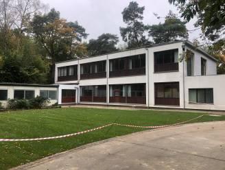 Asielcentrum opent de deuren, maar eerste verdieping blijft afgesloten na negatief brandweerverslag