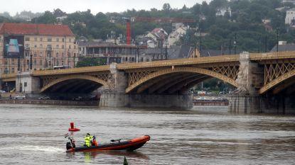 Weinig hoop voor 21 vermisten na bootramp Boedapest