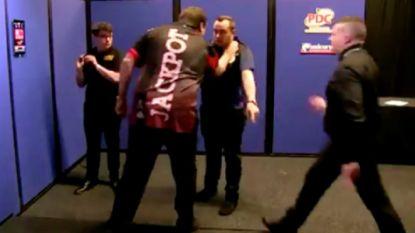 PDC schorst tweevoudig wereldkampioen darts na wangedrag op UK Open