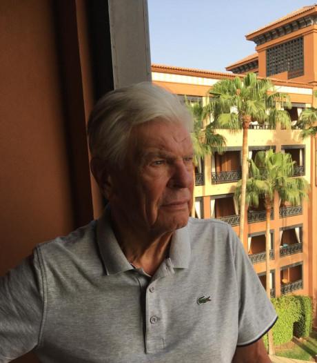 Ad (79) kan geen kant op in door coronavirus getroffen hotel op Tenerife: 'Thuisfront is in paniek'