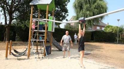 Kriekenveldse jeugd ravot nieuwe speeltuin in