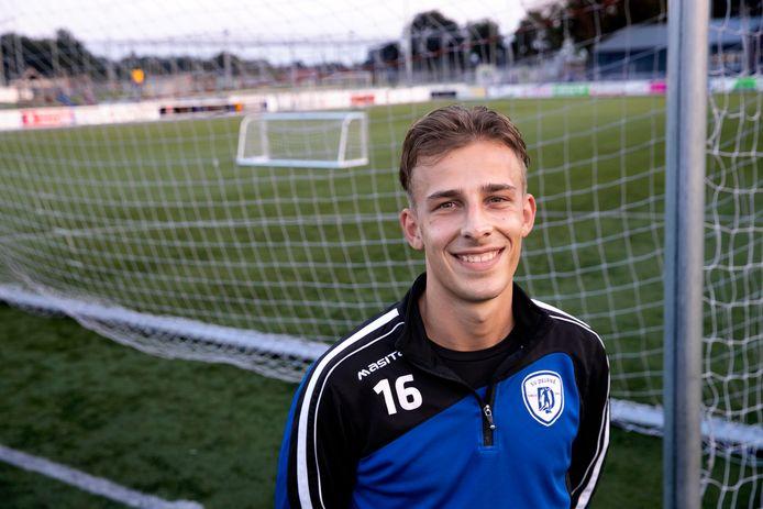 """Jorn Dekkers: ,,Omdat SV Deurne me niet had zien voetballen, twijfelde ik wel."""""""