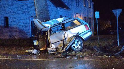 Dodelijk slachtoffer na aanrijding tussen twee voertuigen in Sint-Lenaerts