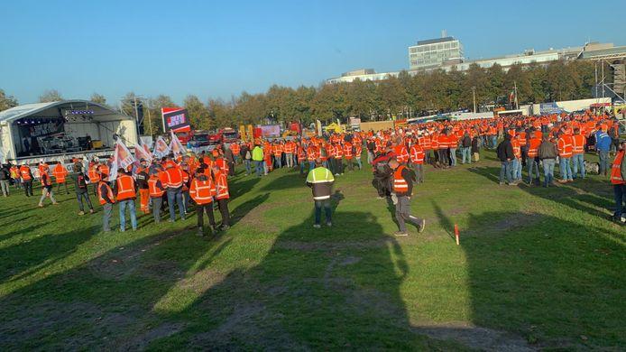 Bouwers tijdens het protest Grond in Verzet in Den Haag.