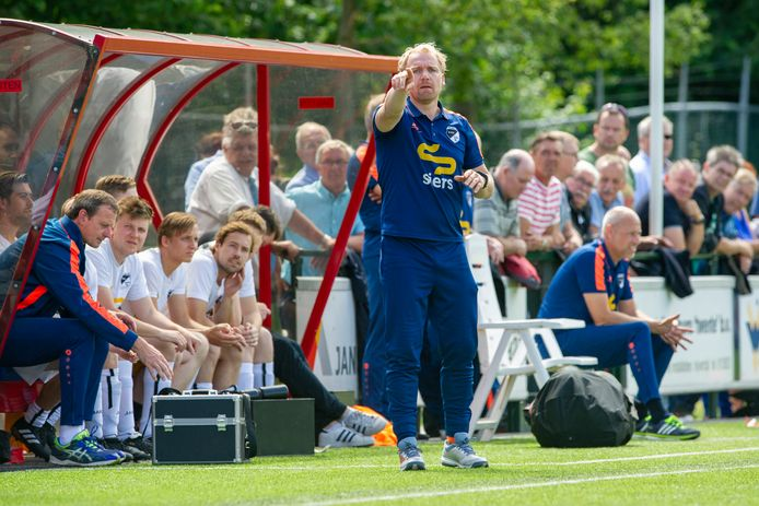 Tim Engbers is vanaf komend seizoen trainer van Hulzense Boys.