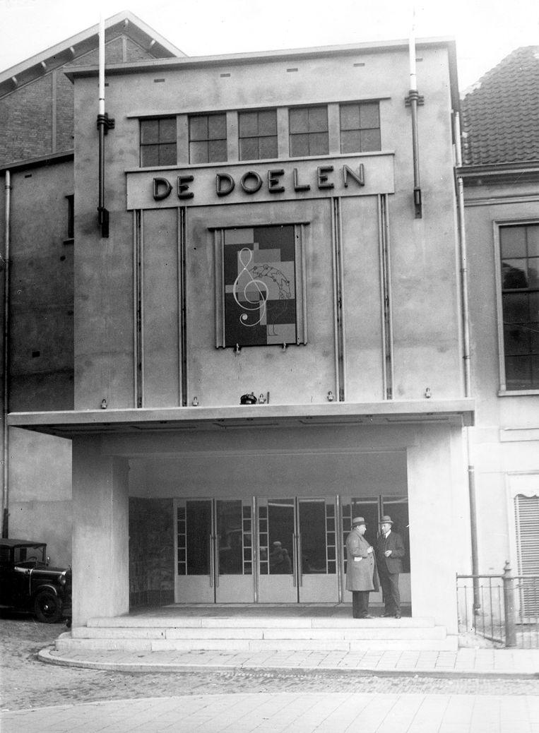 De Doelen aan de Coolsingel, voorheen Coolvest, 1937. Dit gebouw dateert van 1934, de eerste Nederlandse Matthäus klonk in een voorloper. Beeld de Doelen Rotterdam