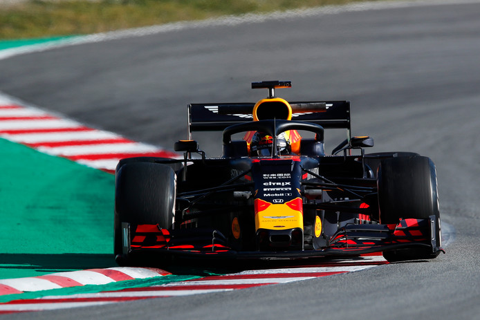 Max Verstappen in de RB15.