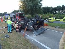Man gewond nadat auto over de kop ging op A270 bij Nuenen