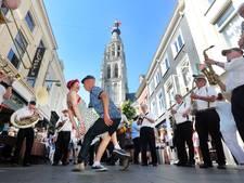 Engels, Vlaams, Frans, harde g's: spot de Bredanaar op het Breda Jazz Festival