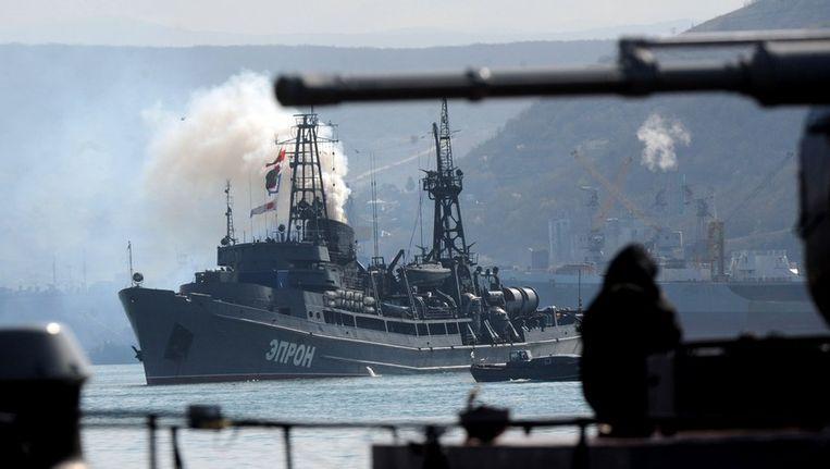 Russische schepen in de baai voor Sebastopol. Beeld afp