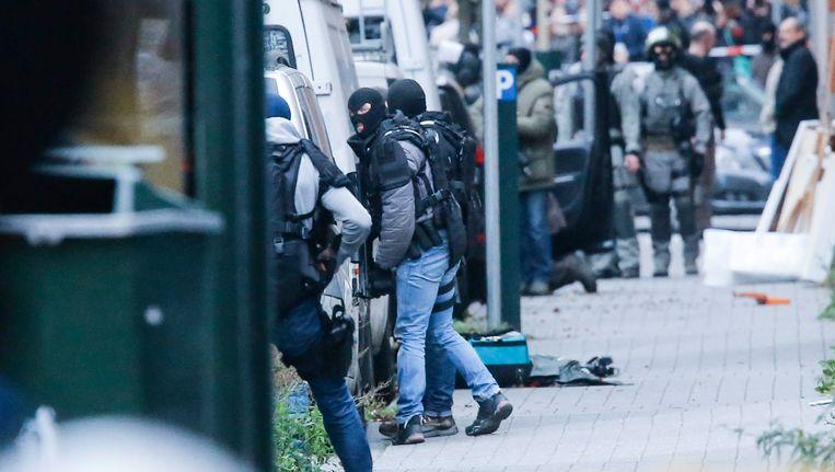 De Brusselse wijk Molenbeek maandagochtend. Beeld epa