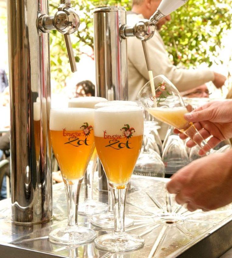 De Brugse Zot blijft uiteraard zo heten, maar ook andere bieren van andere brouwerijen mogen het woord 'Brugse' gebruiken.