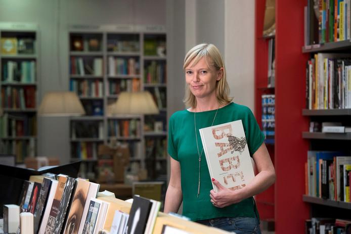 Marleen Pelle, inkoper bij Hijman Ongerijmd, heeft bedankt voor het boekenpanel van De Wereld Draait Door (DWDD).