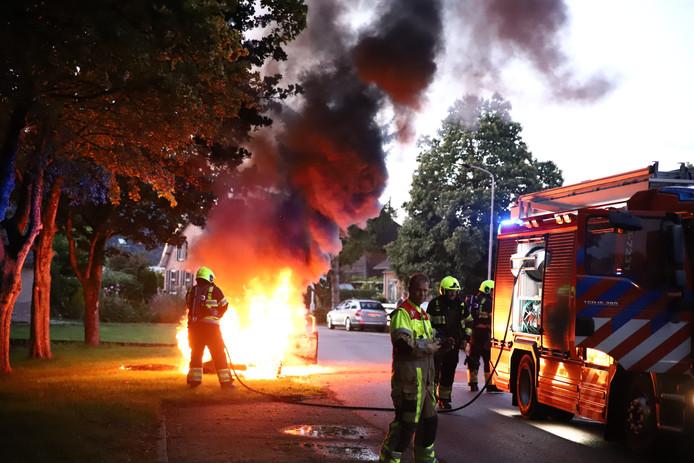 De autobrand in Zoelen.