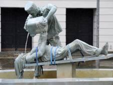 Docent Erasmus Almelo demonstreerde effect van marteling in de klas