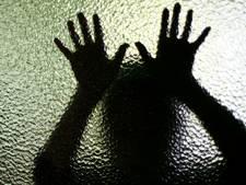 Tilburgse jeugdbende na 'maandenlang seksueel misbruik': 'Ze nodigde ons zelf uit'
