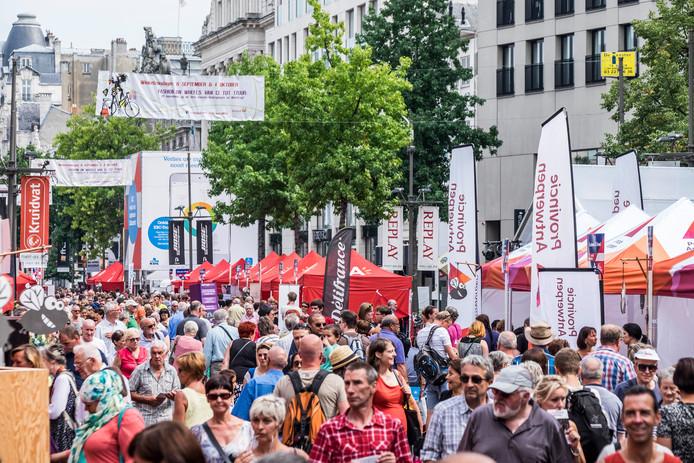 Elk jaar kon je over de koppen lopen op de Cultuurmarkt van Vlaanderen in Antwerpen.