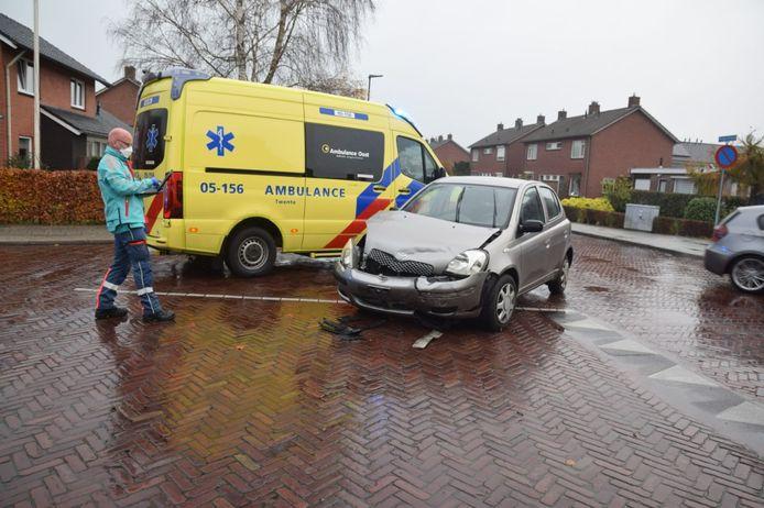 Het ongeluk gebeurde op de kruising van de Krijgerstraat met de Verzetstraat in Vriezenveen.
