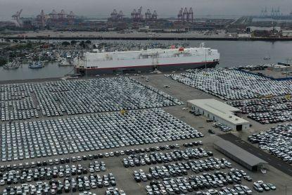 Autosector in zwaar weer, maar dat is niet noodzakelijk slecht nieuws voor consument: er vallen koopjes te doen