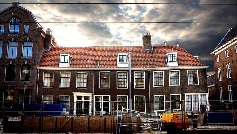De zogenoemde Wevershuisjes aan de Vijzelgracht 4, 6 en 8, die in september 2008 verzakten als gevolg van de aanleg van de Noord/Zuidlijn Beeld Olivier Middendorp